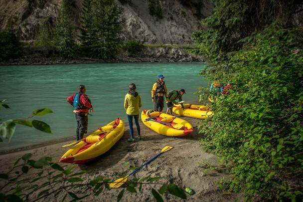 Kayak tours in Golden British Columbia