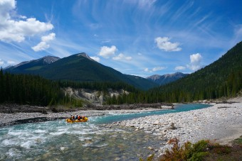 Multi day rafting on the White River