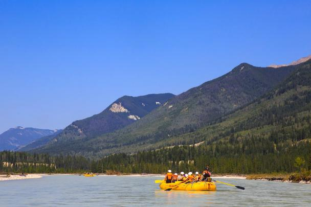 Scenic Family Rafting on the Kicking Horse River in Golden BC