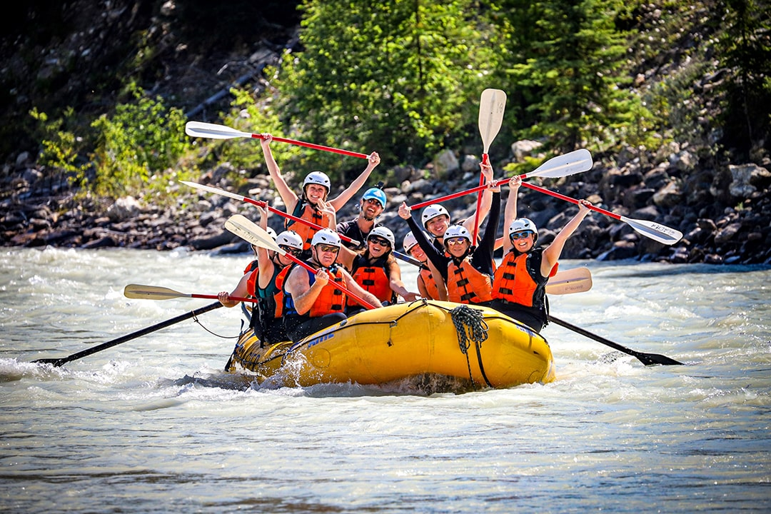 white water river rafting in golden b.c. with glacier raft company
