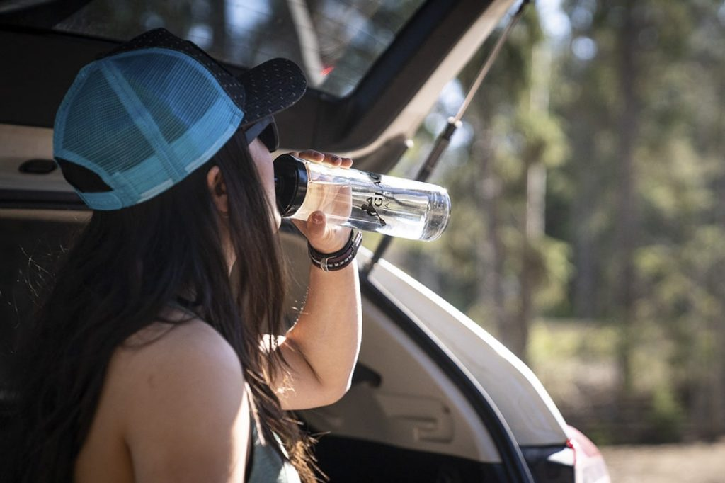 Pack a water bottle when travelling to the mountains to avoid dehydration